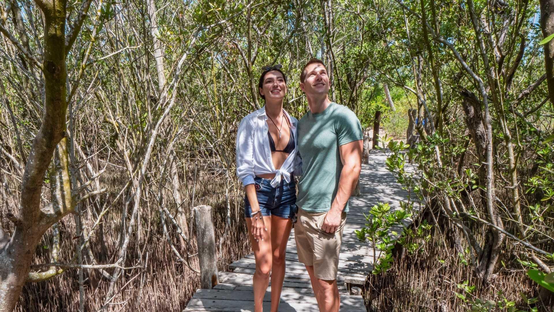 13 - LoRes - Isla Contoy Tour - Couple trail